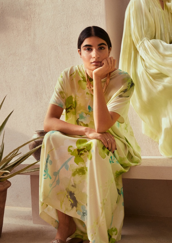 HM-Spring-Statement-2021-Collection22